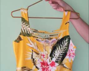 Blusa estampada color amarillo