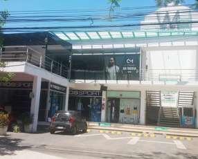 Locales en villa morra zona shopping