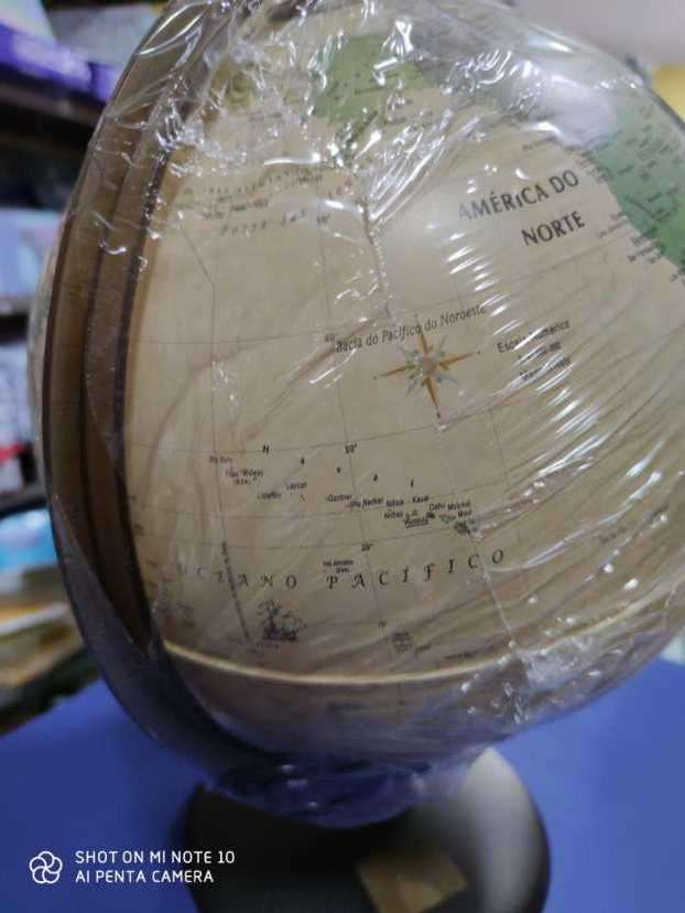 globo terráqueo con luz - 2