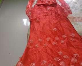 Vestido para fiestas rojo de tres piezas