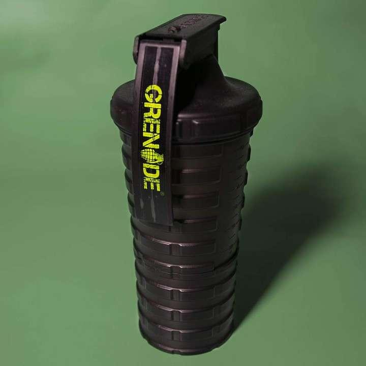 Shaker para proteinas Grenade - 0