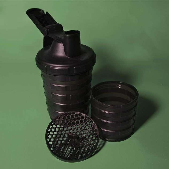 Shaker para proteinas Grenade - 1