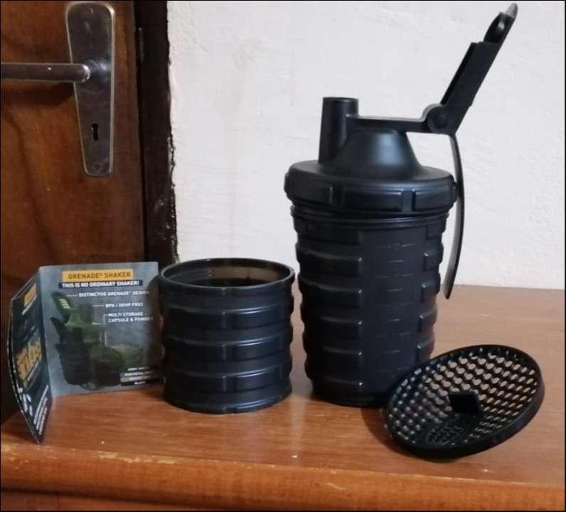 Shaker para proteinas Grenade - 4