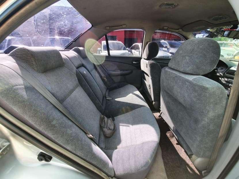 Nissan sunny 2001 - 8