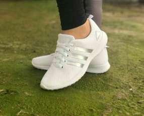 Calzados Adidas livianitos