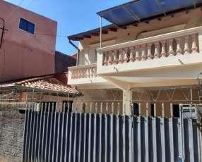 Casa de 2 Plantas en Fernando de la Mora Zona Sur