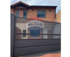 Duplex a estrenar en San Lorenzo zona Toyotoshi