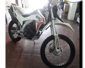 Moto Taiga TXR 250 C.C.