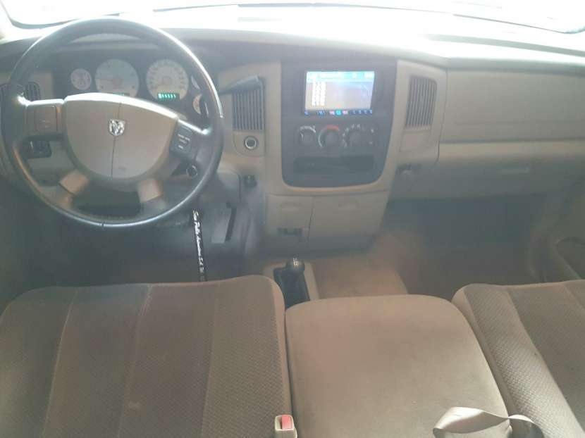 Dodge Ram 2005 turbo diésel automático 4x4 - 4