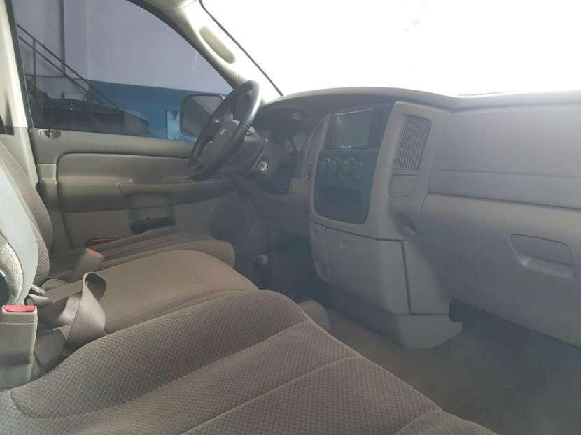 Dodge Ram 2005 turbo diésel automático 4x4 - 8