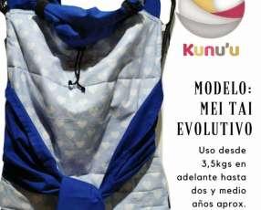Mei Tai Evolutivo Azul francia con corazones