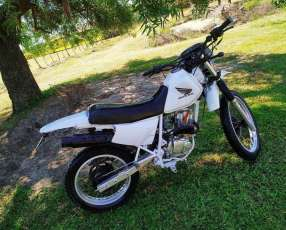 Moto Honda XLR 150 cc