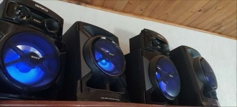 Equipo de sonido Sony Genezy - 2