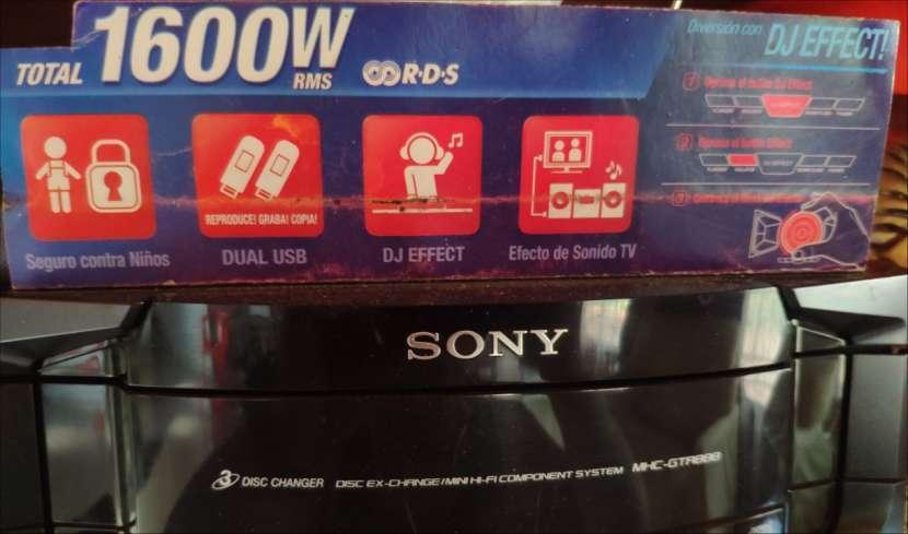 Equipo de sonido Sony Genezy - 3