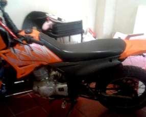 Moto leopard 2010