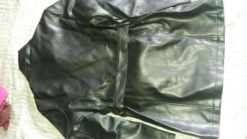 Tapado de cuerina Negro - 1