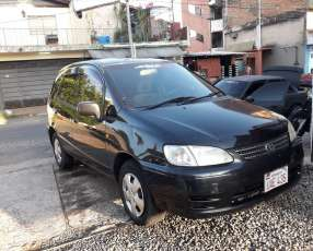 Toyota spacio 2000