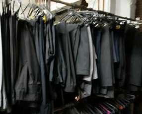 Sacos, trajes, vestidos, cortinas, alfombras, tapados, camperas