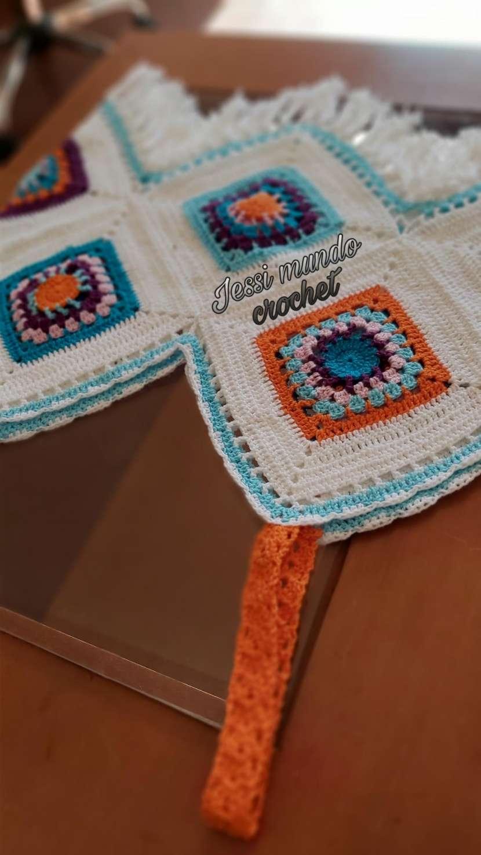 Crop top y blusita de crochet - 0