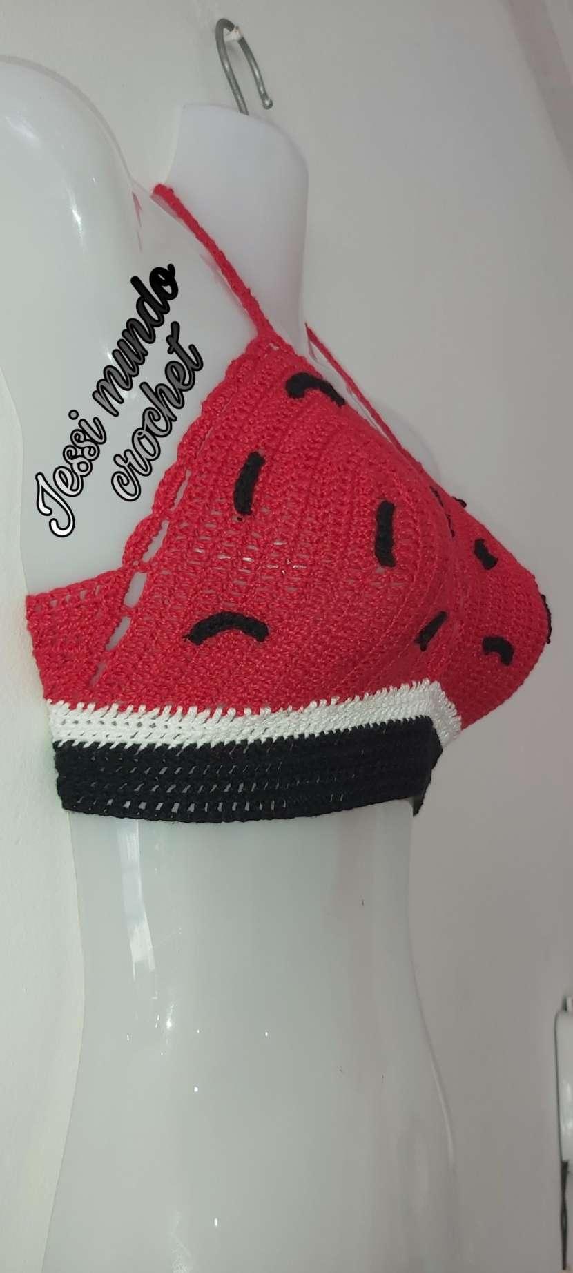 Crop top y blusita de crochet - 6