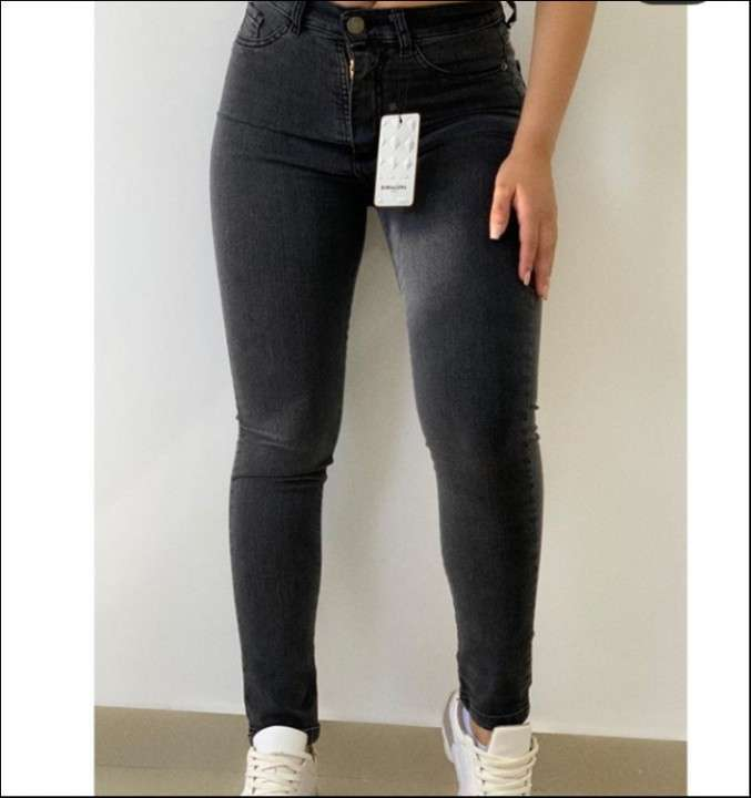 Jeans para mujer talle 36 al 44 - 1