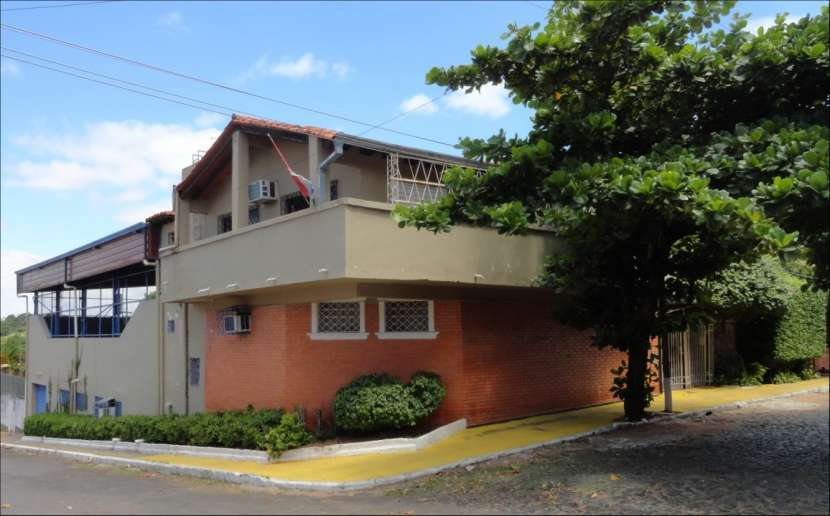 Casa en Asunción zona Barrio Obrero - 8