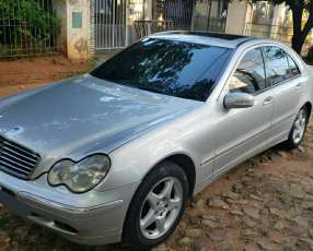 Mercedes C220 CDI Año 2002 Modelo Advantgarde