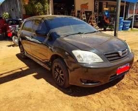 Toyota runx 2003/1800 cc. automático.
