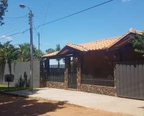 Casa zona Isla Bogado- Luque