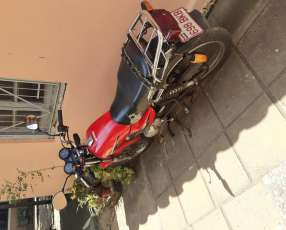 Moto yamaha .125 cc