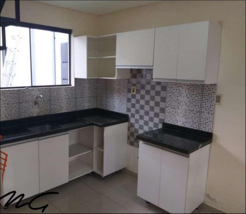 Dúplex de 3 dormitorios Zona Lambaré. - 2