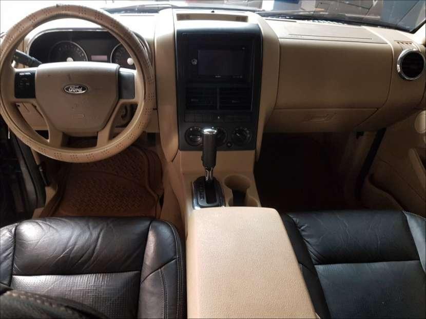 Ford Explorer 2006 automático - 5