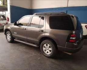 Ford Explorer 2006 automático