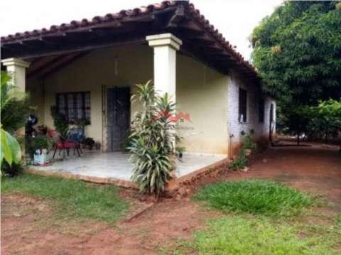 Casa en VENTA San Lorenzo MOC-0006