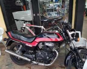 Moto Honda CB400N 1984