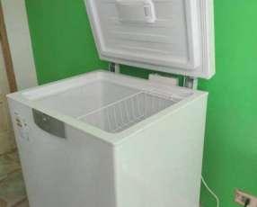 Congeladora Beko.