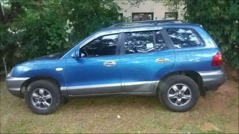 Hyundai santa Fe 2004 - 1