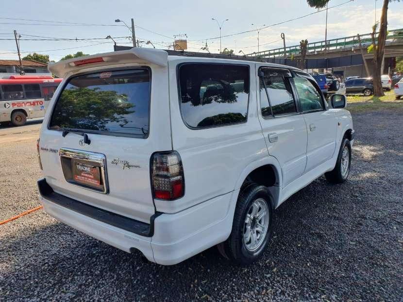 Toyota hilux surf naftero 2000 - 4