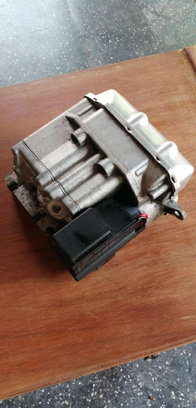 Módulo k1200 control ABS para motos BMW - 2