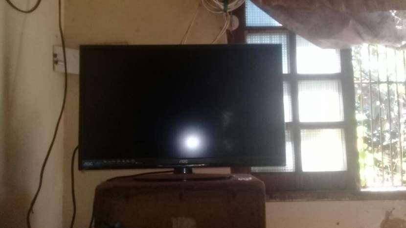 TV AOC de 32 pulgadas - 0