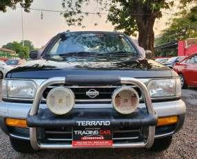 Nissan terrano 1997 diésel techo solar