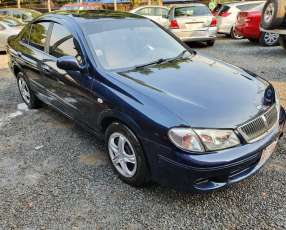 Nissan sylphy 2002