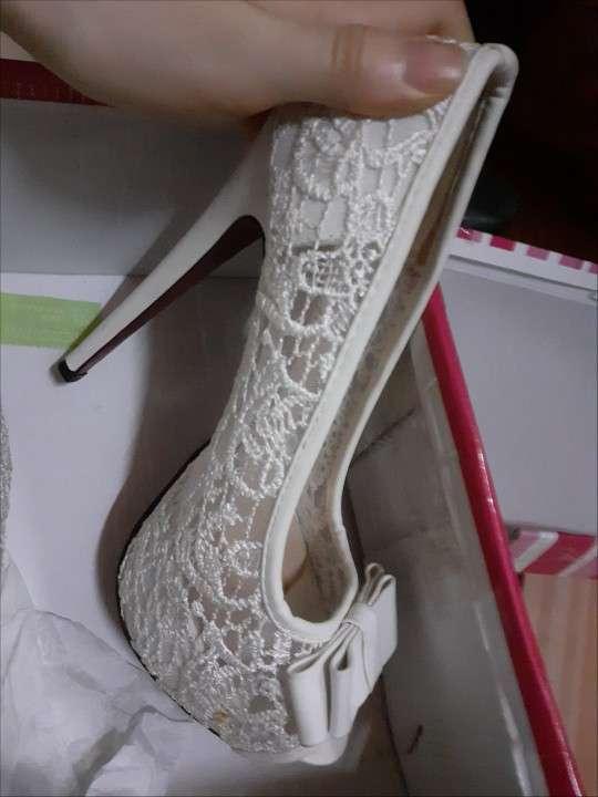 Zapato blanco calce 37 - 1