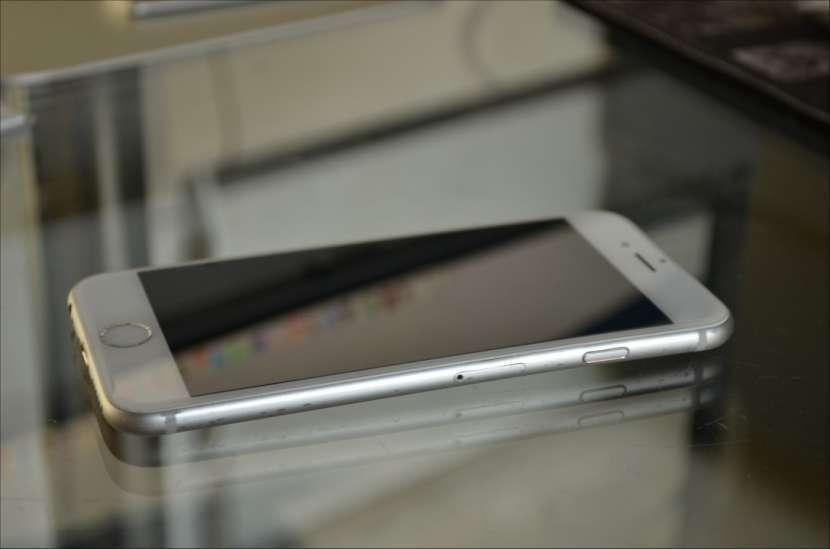 iPhone 6S de 32 gb silver - 1