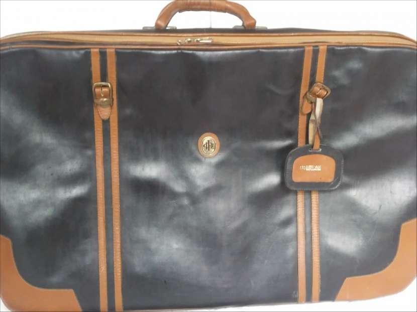 Valija de cuero negro y marrón - 0