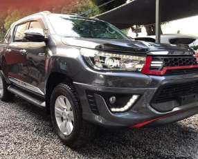 Toyota Hilux límited Prestige 2018 4x4 Automático