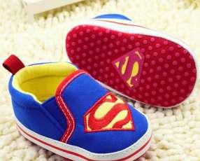 Alpargata superman