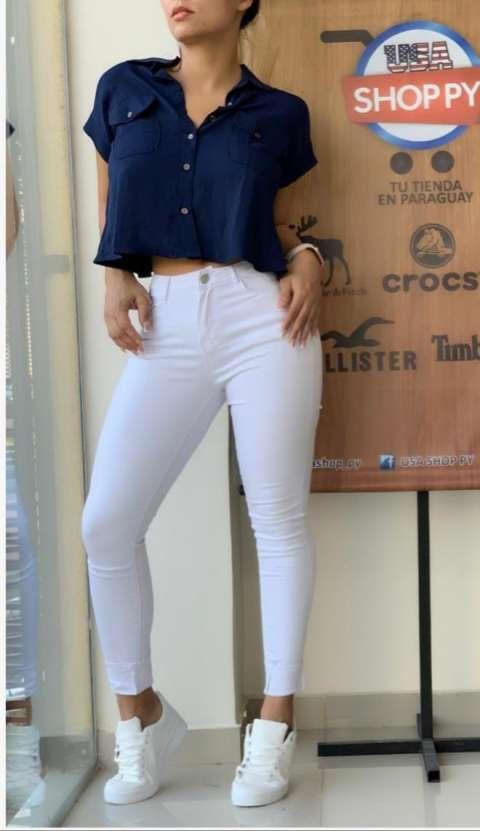 Camisa Espalda Abierta +jeans