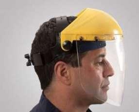 Casco con protector facial de policarbonato