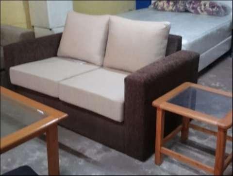 Sofá de 2 cuerpos